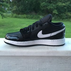 a169395b2879 Nike Shoes - Kids Jordan Retro 1 Low GS